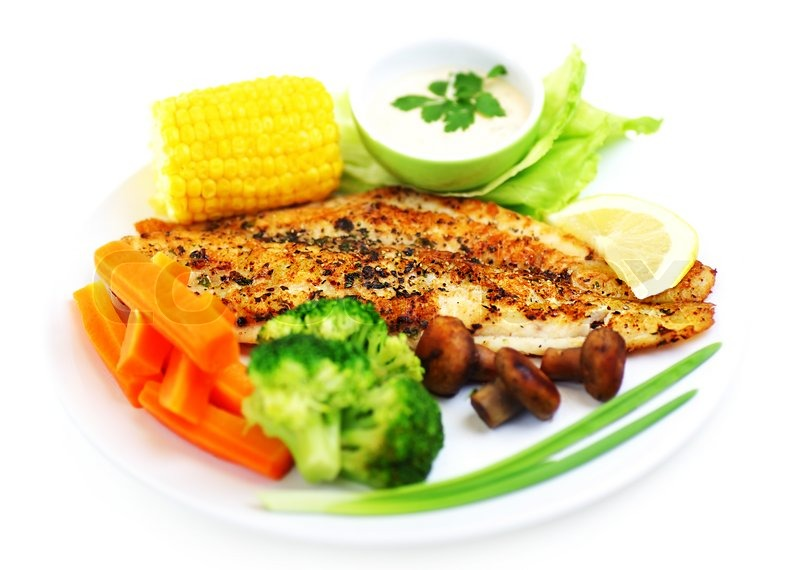 Tasty healthy fish fillet with steamed vegetables for What vegetables go with fish