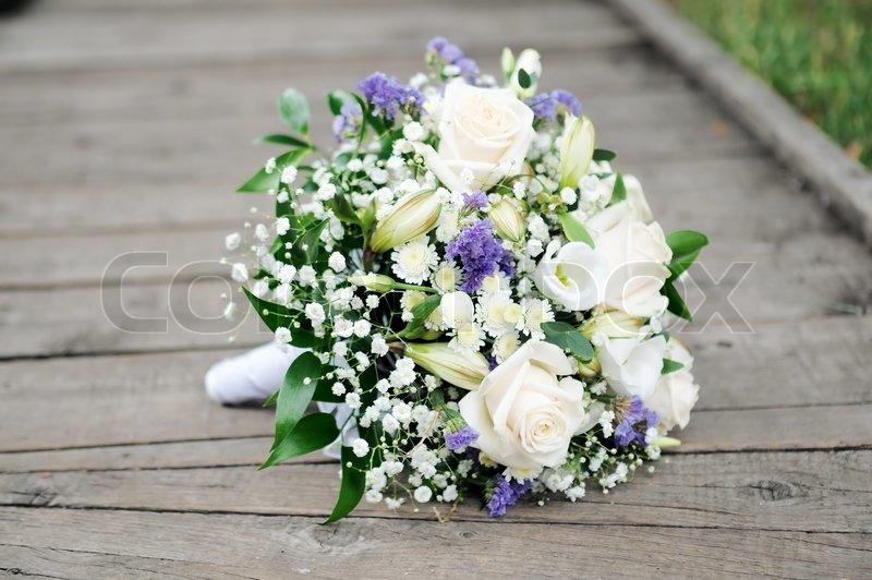 Schöne Hochzeit Blumen Blumenstrauß  Stockfoto  Colourbox