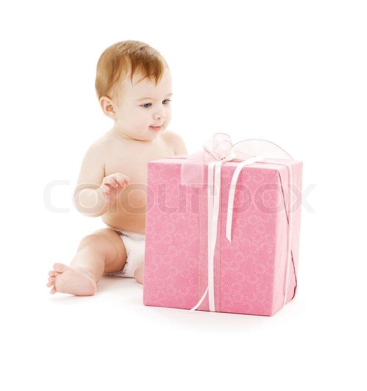 c73a33cbfc2 Billede af baby dreng med store gave ... | Stock foto | Colourbox