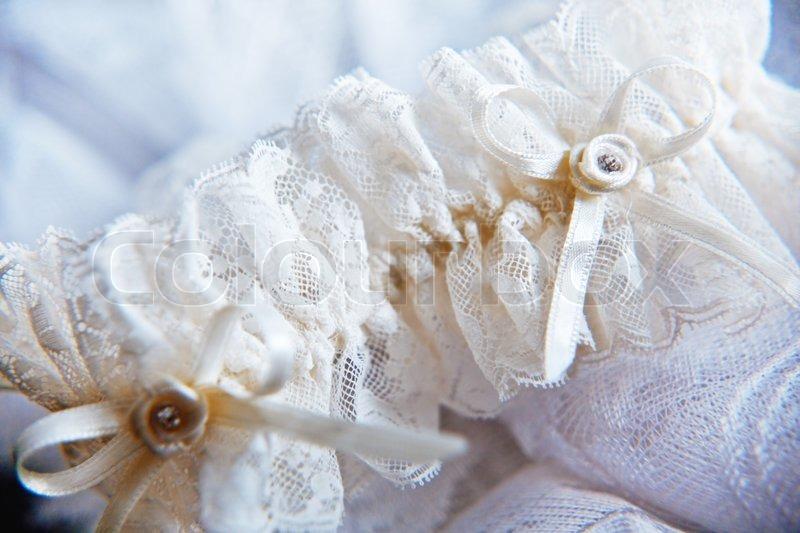 9cc3a828 Lace bryllup strømpebåndet delvist ude ... | Stock foto | Colourbox