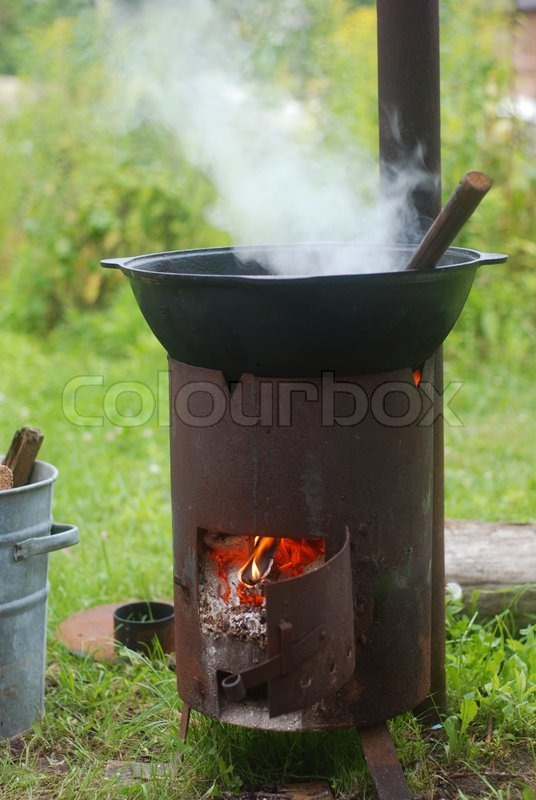 Печка для казана из бочки своими руками