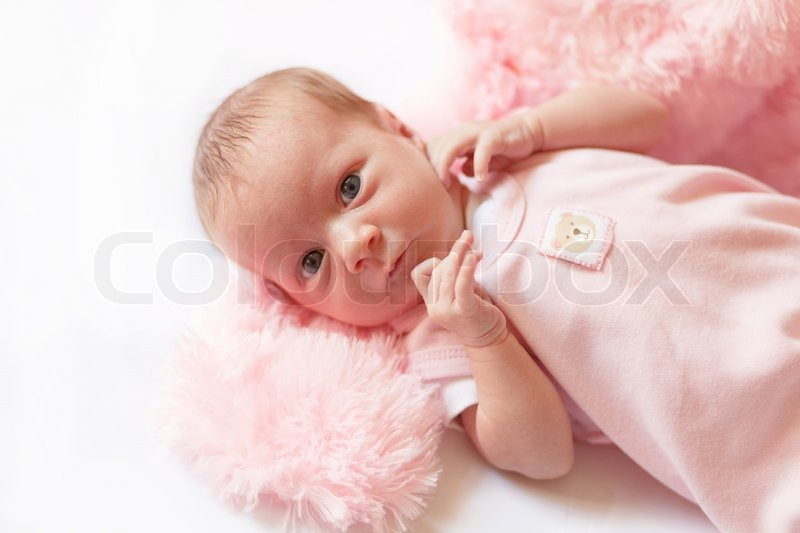 Infant Baby Mädchen In Rosa Kleidung Stockfoto Colourbox