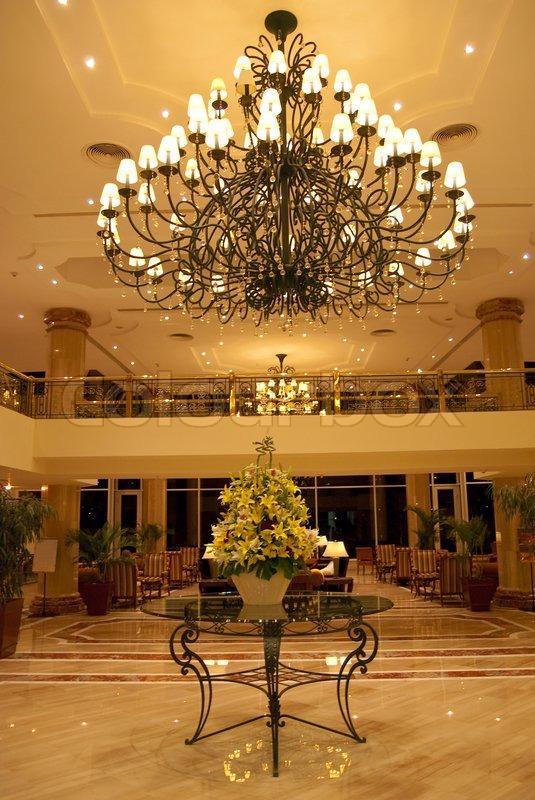 Hotel Foyer Chandelier : Hotel foyer elegant design wtih table flowers