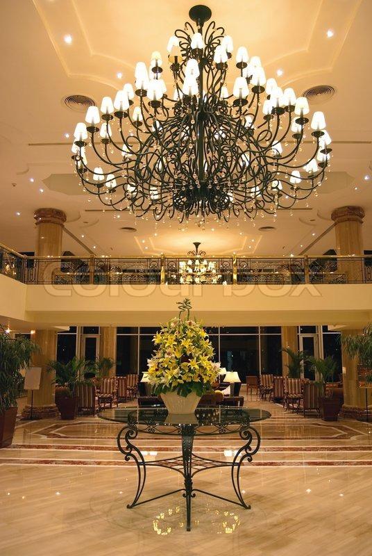 Hotel Foyer Table : Hotel foyer elegant design wtih table flowers