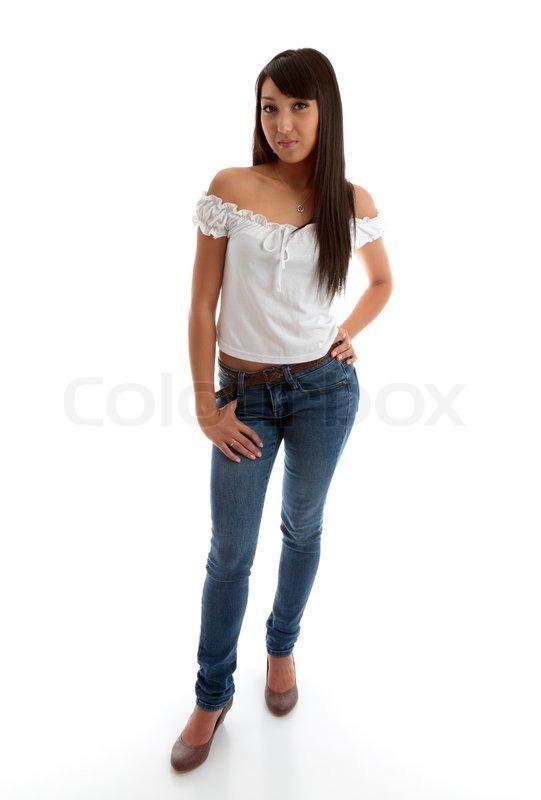 eine sch ne mischlinge junge frau mit skinny jeans und. Black Bedroom Furniture Sets. Home Design Ideas