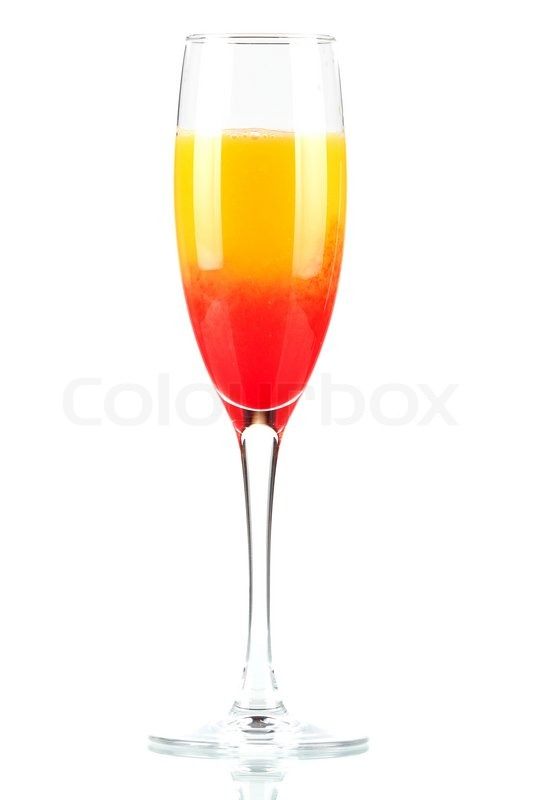 alkohol cocktail mit orangensaft und grenadine auf wei em hintergrund stock foto colourbox. Black Bedroom Furniture Sets. Home Design Ideas