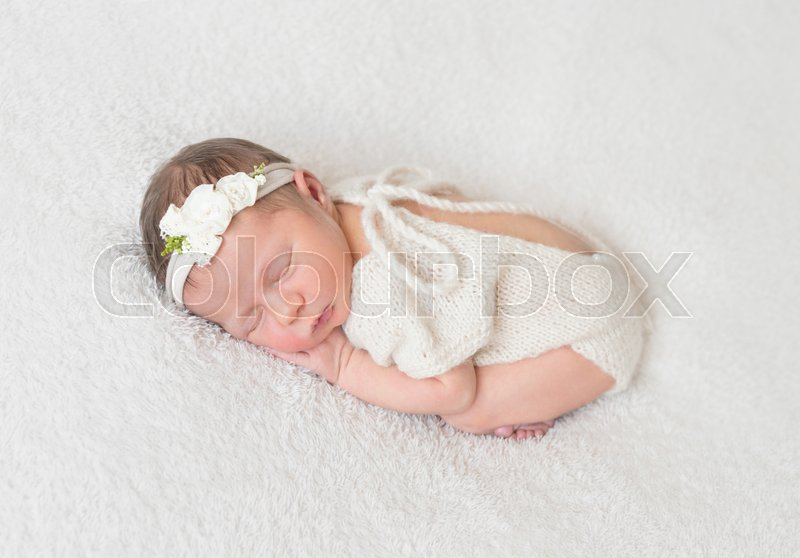 cdb329ada Cute infant sleeping wearing wonderful ...
