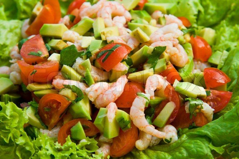 Salat Med Rejer Tomat Og Avocado Stock Foto Colourbox