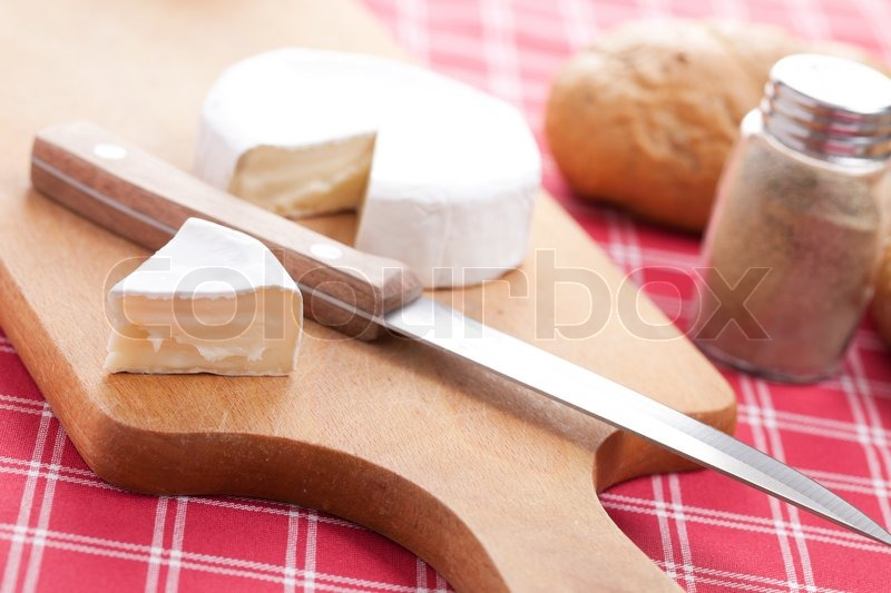 Stock image of 'Photo shot of brie cheese'