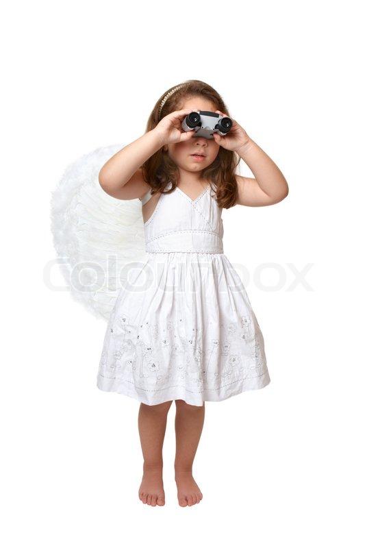 dae011625148 En himmelsk engel pige i hvid kjole og ...