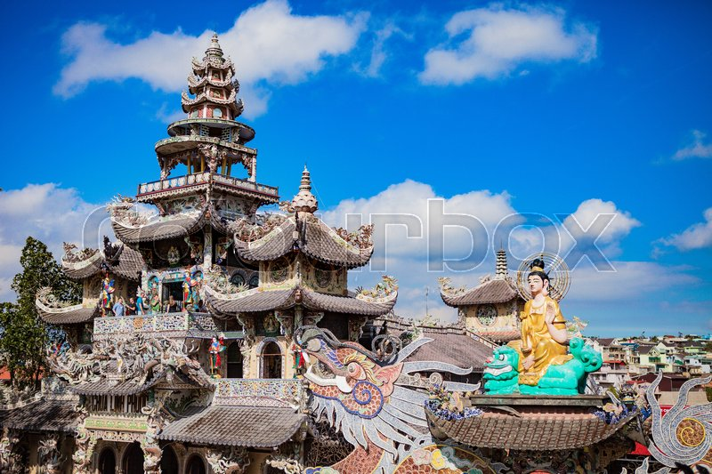 Stock image of 'DALAT, VIETNAM - February 17, 2017. Linh Phuoc Buddhist pagoda is well-known for its big standing golden buddha . It is at the end of the tourist railway from Dalat main station'