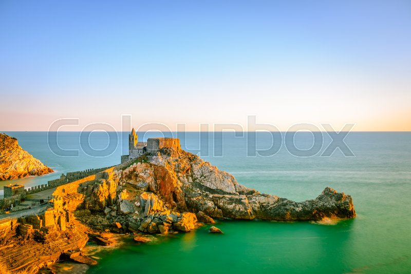 Stock image of 'Colorful sunset from the cliff of the castle of Portovenere in Liguria, Italy near the city of La Spezia.'