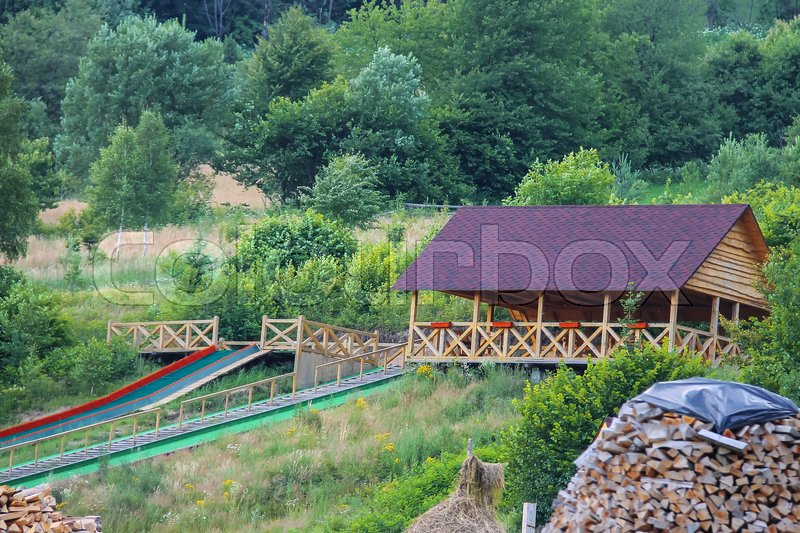 Stock image of 'Wooden gazebo and stairs in Ukrainian Carpathians'