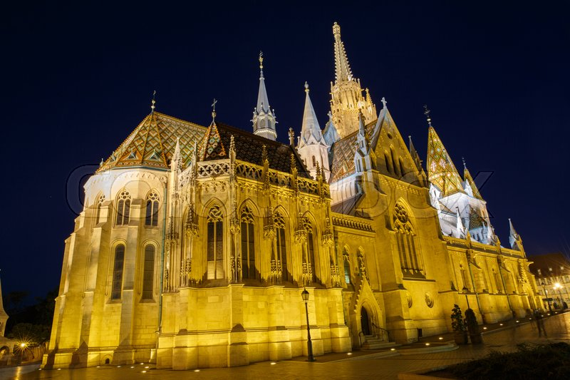 Stock image of 'Night view of the Matthias Church in Budapest Hungary '