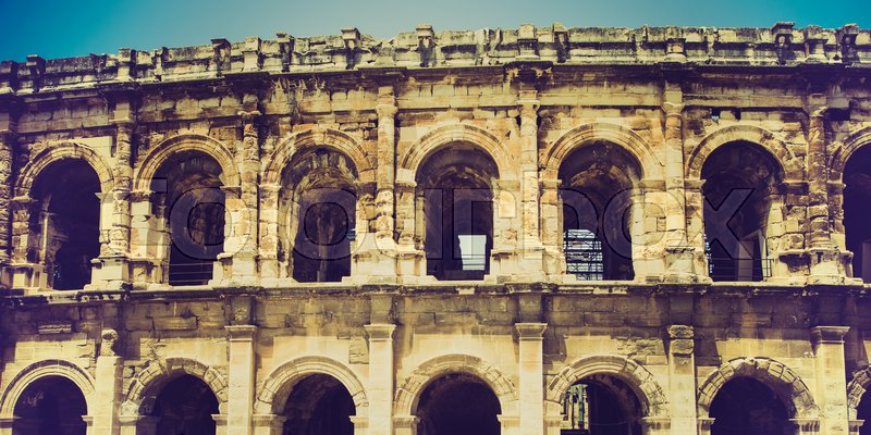 Stock image of 'roman amphitheatre in Nimes, France'