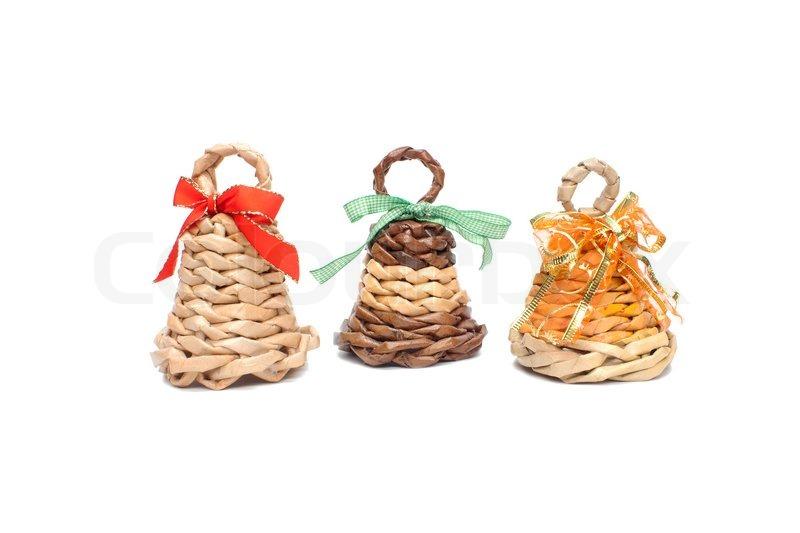 Drei des Papiers als einem gestrickten Glocken auf Weihnachtsschmuck ...