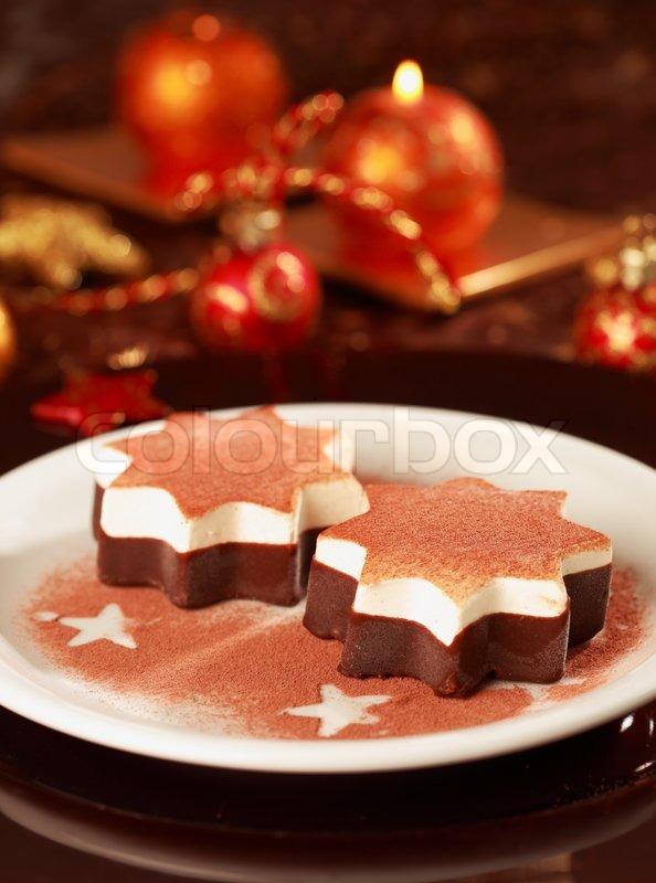 weihnachten eis mit schokolade und zimt stockfoto. Black Bedroom Furniture Sets. Home Design Ideas