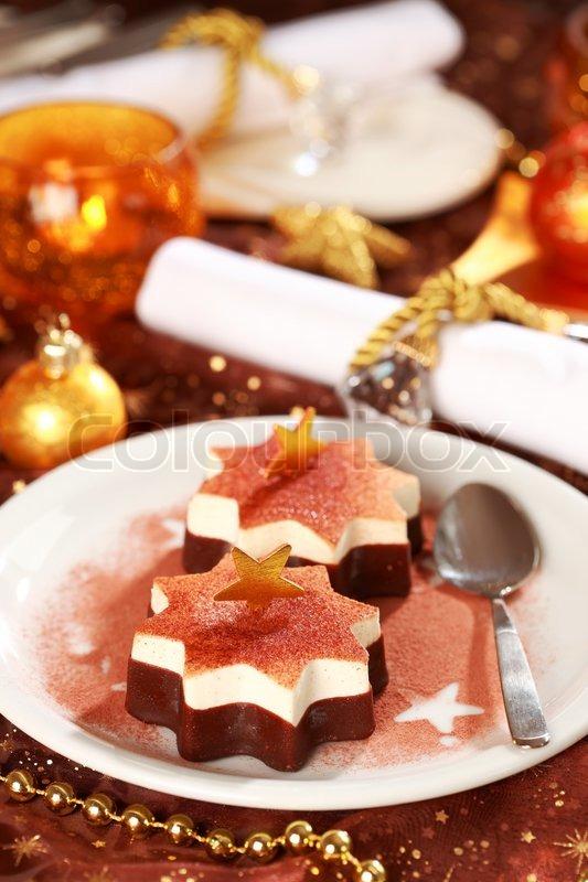 Weihnachten eis mit schokolade und zimt stock foto - Recette de noel dessert ...