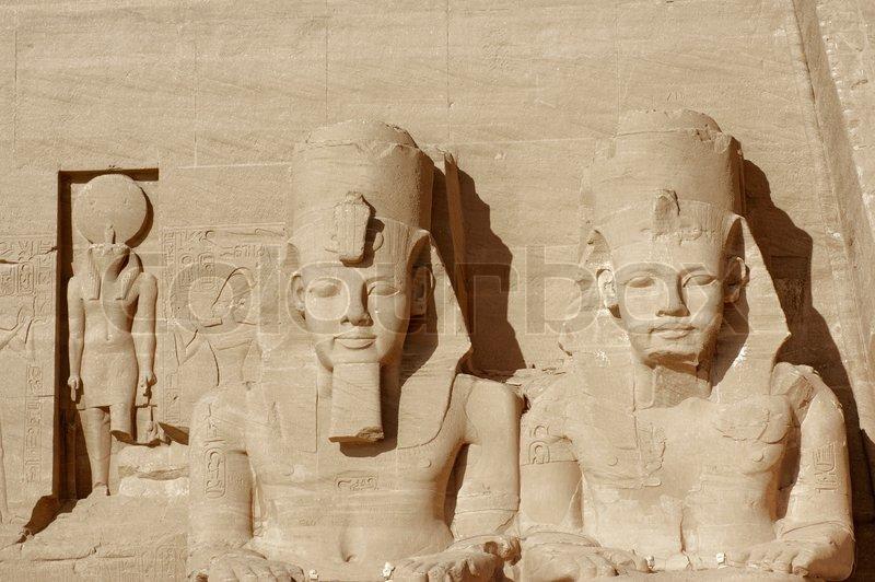 La gran Pirámide de Egipto, podría no ser una pirámide. 800px_COLOURBOX2797305