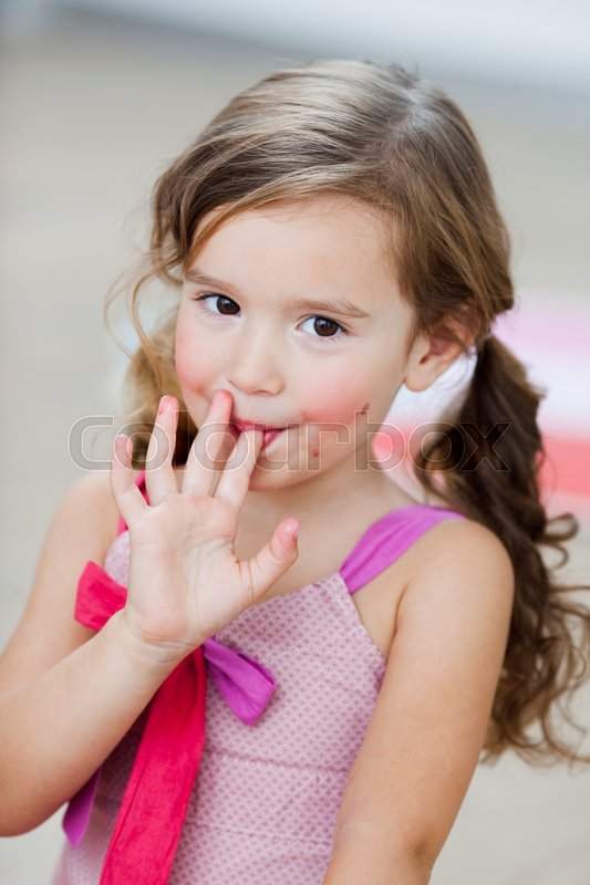 lick Finger her