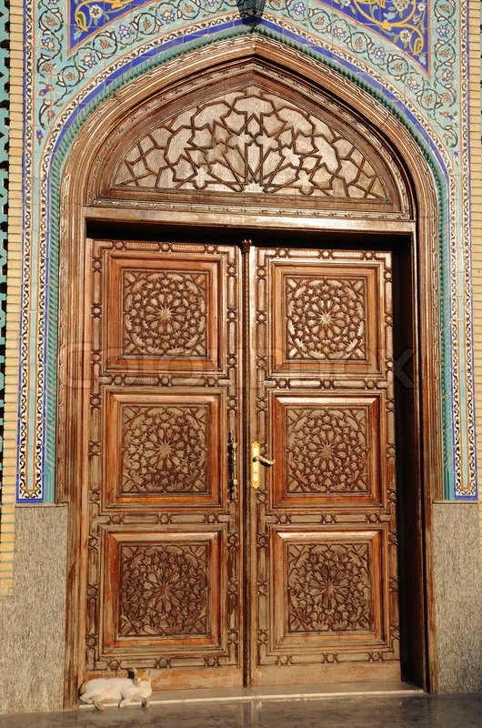 Delicieux Door Of A Mosque In Dubai, United Arab Emirates | Stock Photo | Colourbox