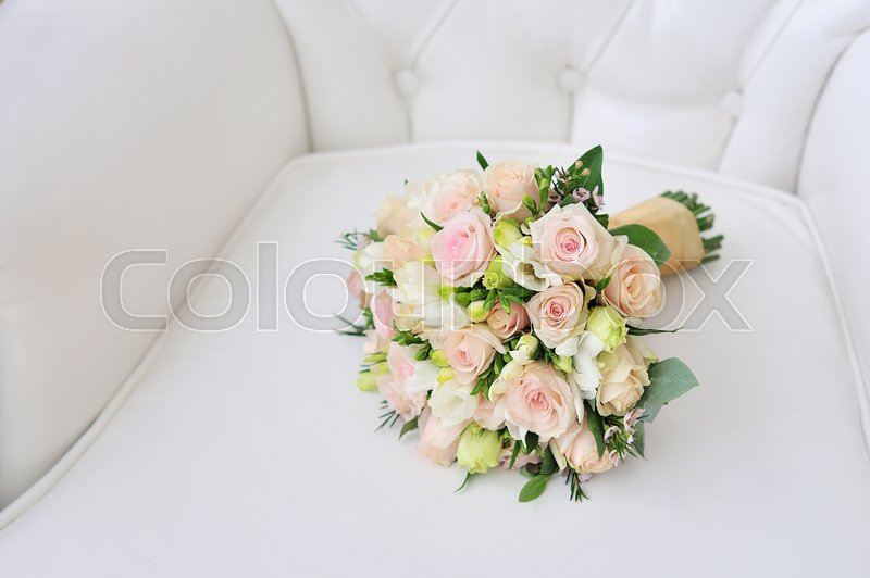 Stock image of 'Beautiful wedding bouquet in happy wedding day'