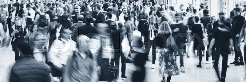 Stock Bild von 'business people crowd at a tradeshow, banner size. ideal for websites and magazines layouts'