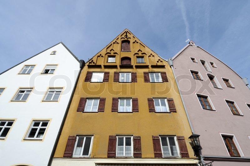 alte h user in der bayerischen stadt f ssen deutschland stockfoto colourbox. Black Bedroom Furniture Sets. Home Design Ideas