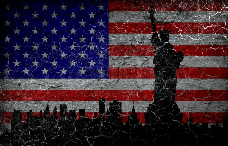 silhouette statue of liberty on grunge american flag background