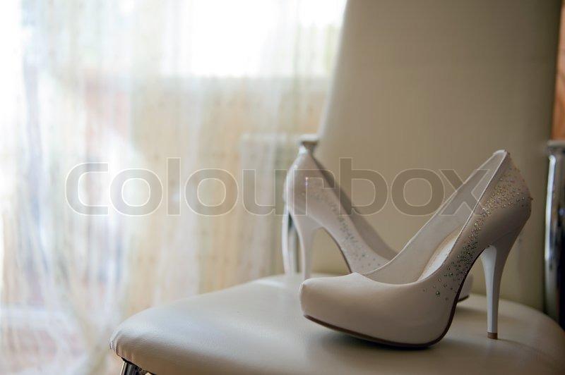 close up portr t von luxuri sen paar wei e hochzeit. Black Bedroom Furniture Sets. Home Design Ideas