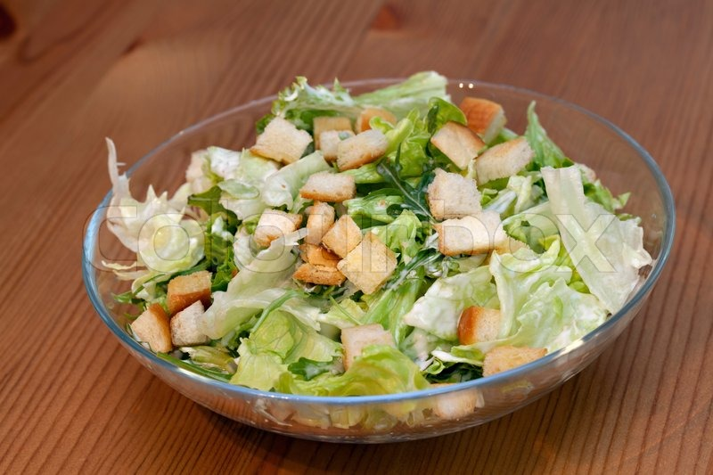 caesar salad gesund mit huhn und parmesan stockfoto colourbox. Black Bedroom Furniture Sets. Home Design Ideas