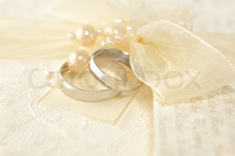 Wedding Rings with a pearls   Stock Photo   Colourbox