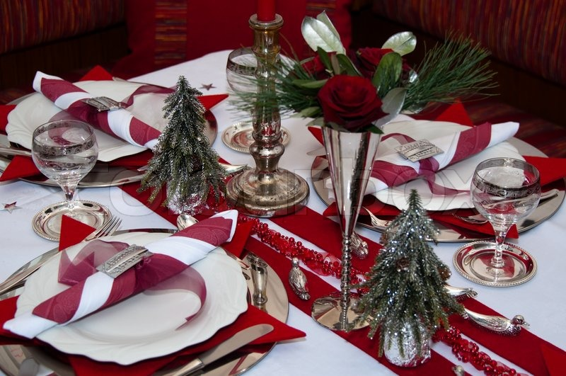 Christmas table with red decoration napkins roses  : 800pxCOLOURBOX3213071 from www.colourbox.com size 800 x 531 jpeg 126kB