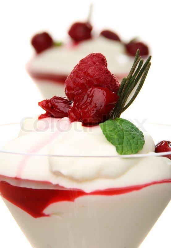 ... berry and yogurt tart lemon honey and thyme frozen yogurt panna cotta