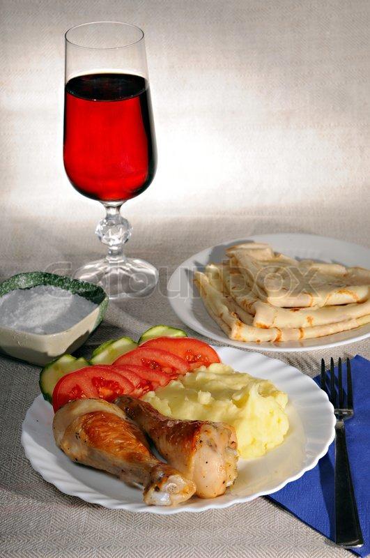 Что приготовить на ужин к вину красному
