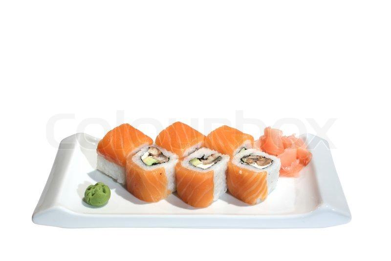 sushi rollen mit lachs aal und avocado auf einem teller wasabi eingelegtem ingwer. Black Bedroom Furniture Sets. Home Design Ideas
