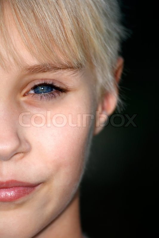 Stock image of 'Half Face of young girl'