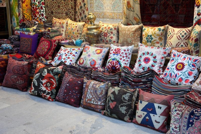 Cushions And Carpets Shop In Istanbul Turkey Stock