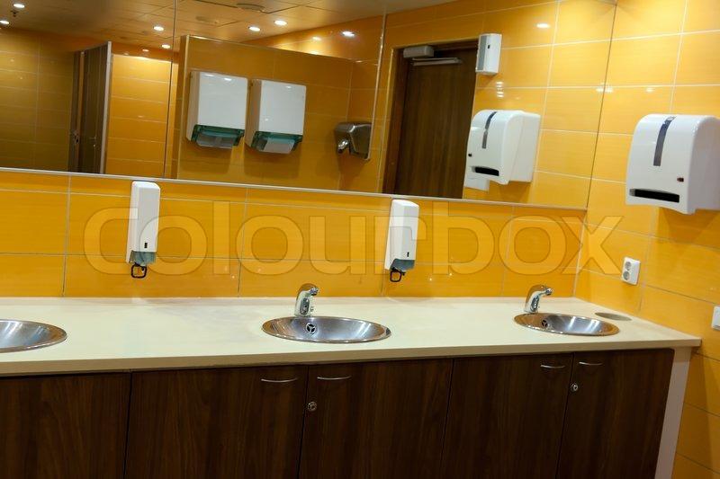 public bathroom sink0 sink