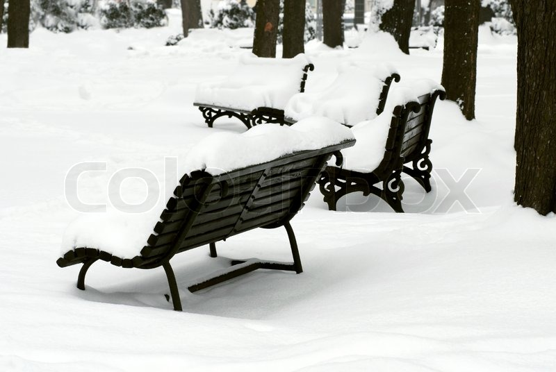 Stock image of 'Bench at snow'