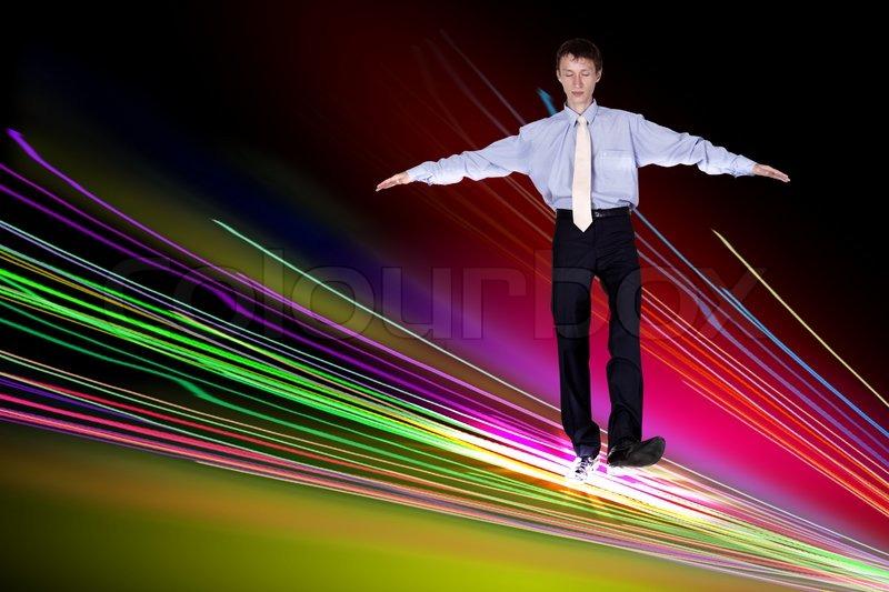 Illustration eines business mann zu fu ber das internet for 2533 raumgestaltung und entwerfen
