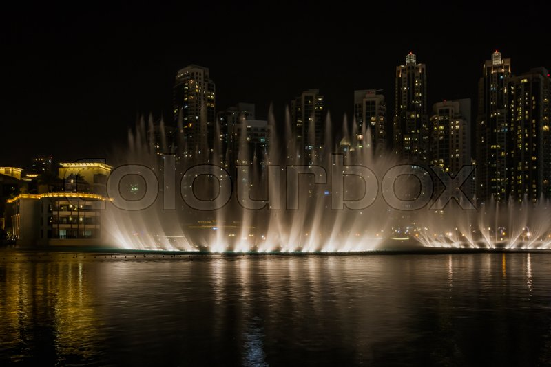 Dubai Fountain Show At Night, UAE