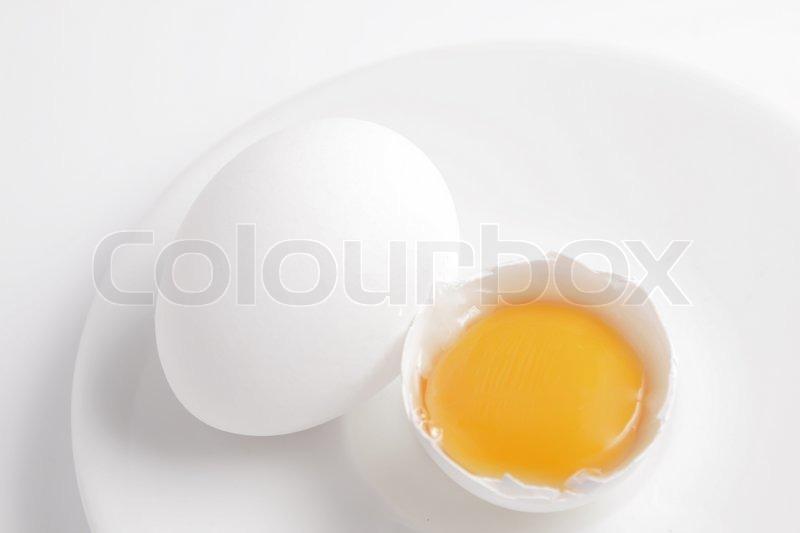 how to get egg yolk