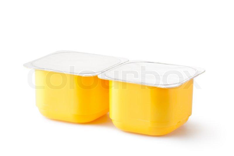 zwei kunststoffbeh lter f r milchprodukte mit folie deckel stockfoto colourbox. Black Bedroom Furniture Sets. Home Design Ideas