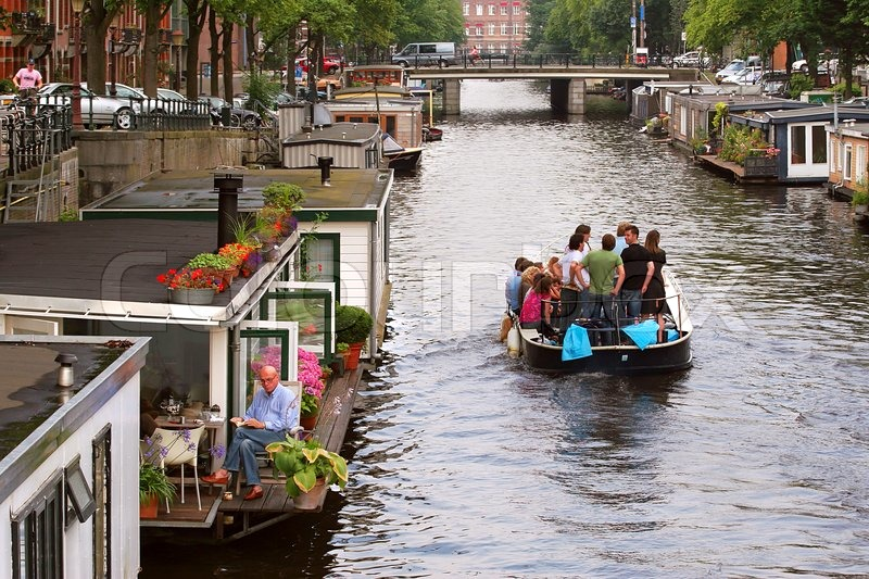 15 Juli 2007 Amsterdam Niederlande Kleines Boot Mit Touristengruppe Vorbei Wasser Boot