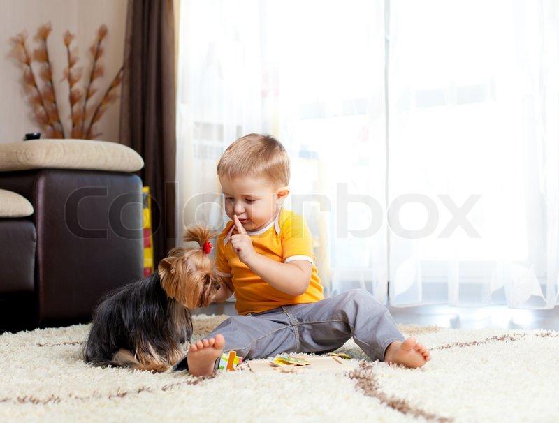 Hot: Das erste mal mit dem Hund