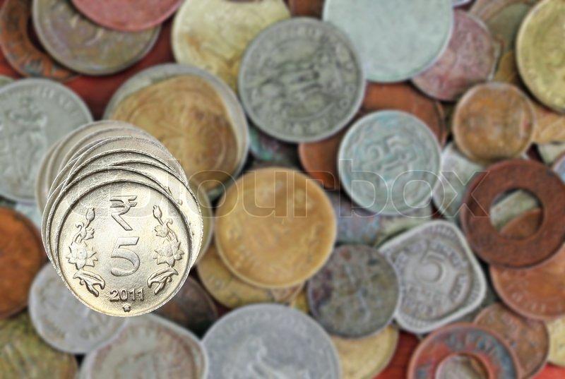 5 Rupie Münzen Gestapelt Auf Indische Stock Bild Colourbox