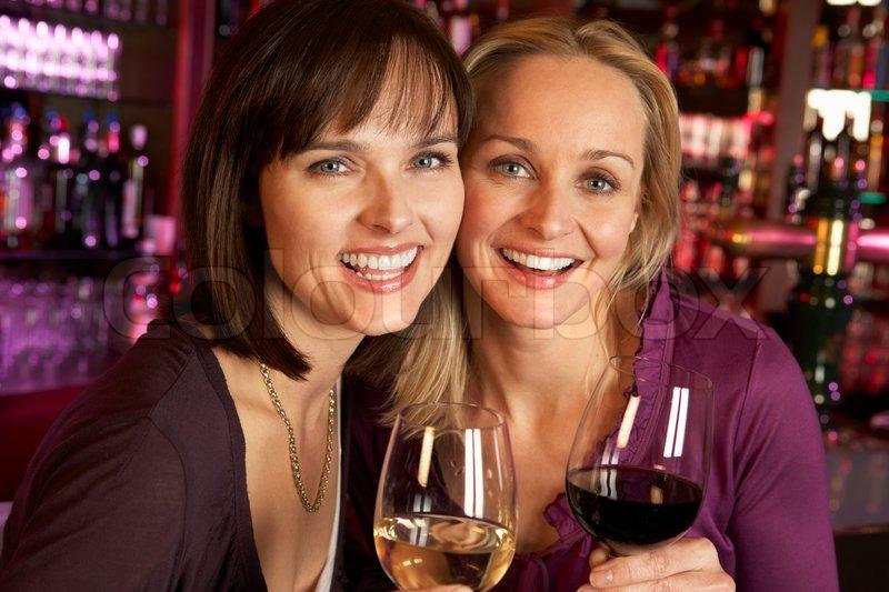 Выпивающие подруги фото