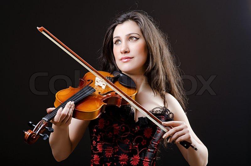 最美的小提琴曲:神秘园《下雨的时候》《夜曲》美醉了 - 纽约文摘 - 纽约文摘