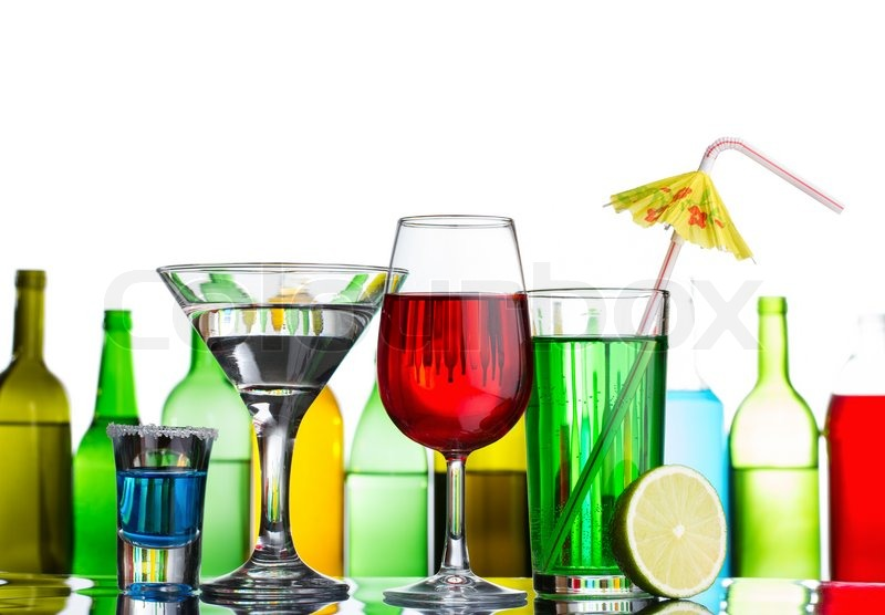 Popular Alcoholic Drinks To Order At A Bar